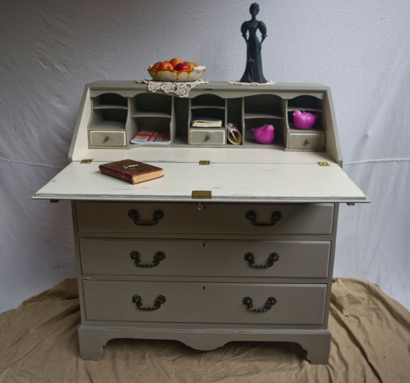 antique shabby chic bureau 03 07 touch the wood. Black Bedroom Furniture Sets. Home Design Ideas