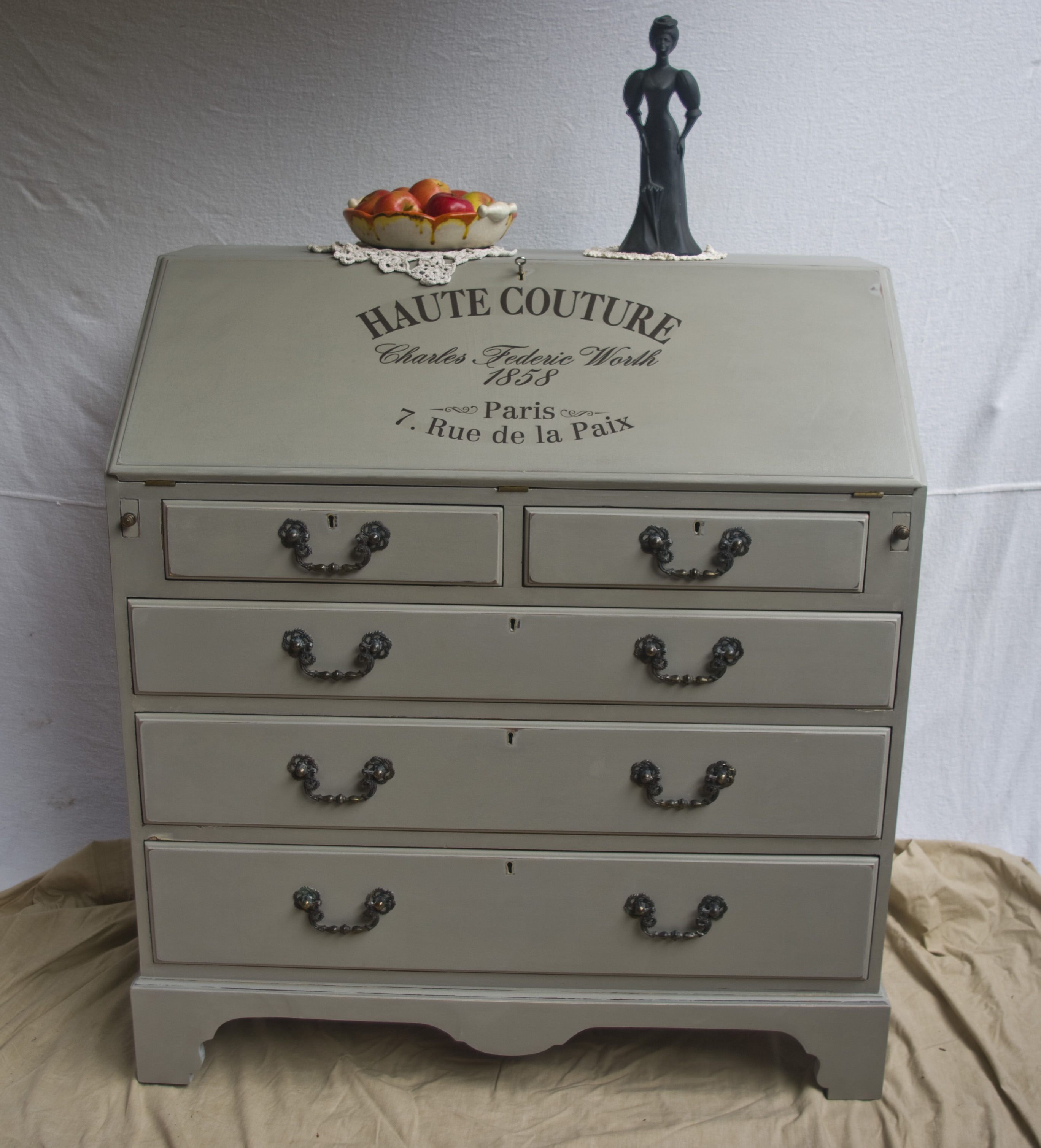 antique shabby chic bureau 03 08 touch the wood. Black Bedroom Furniture Sets. Home Design Ideas