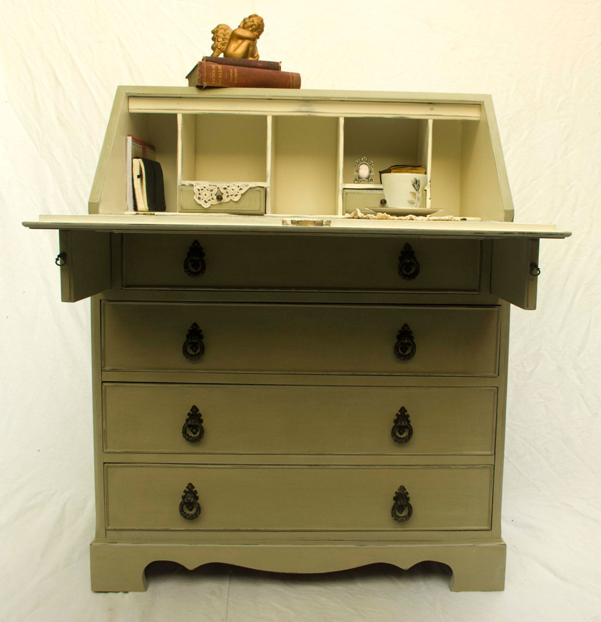 vintage shabby chic bureau 04 01 touch the wood. Black Bedroom Furniture Sets. Home Design Ideas