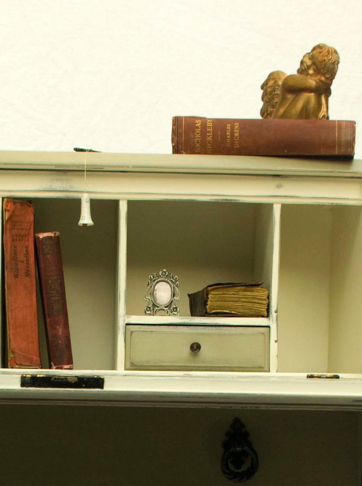 vintage shabby chic bureau 04 02 touch the wood. Black Bedroom Furniture Sets. Home Design Ideas