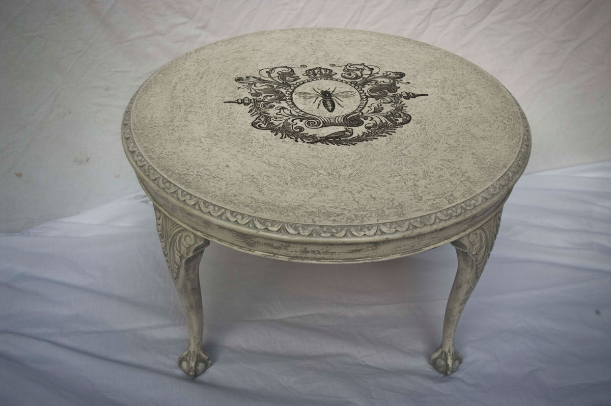 vintage shabby chic coffee table 04 03 touch the wood. Black Bedroom Furniture Sets. Home Design Ideas