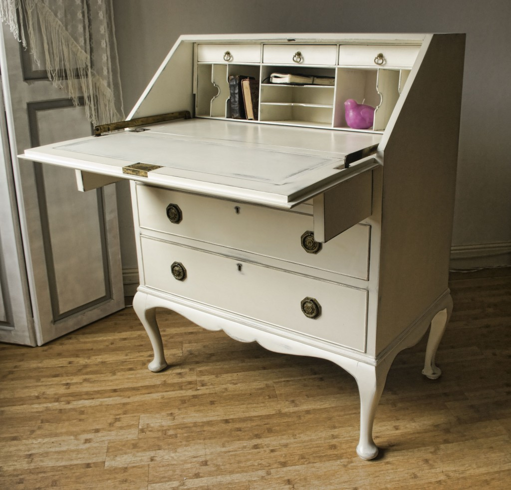 vintage shabby chic bureau 06 08 touch the wood. Black Bedroom Furniture Sets. Home Design Ideas