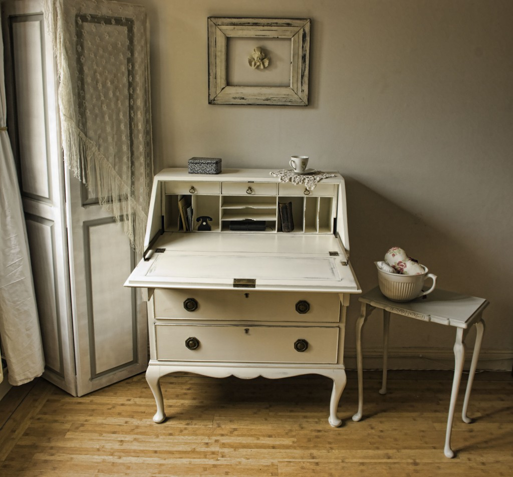 vintage shabby chic bureau no 06 touch the wood. Black Bedroom Furniture Sets. Home Design Ideas
