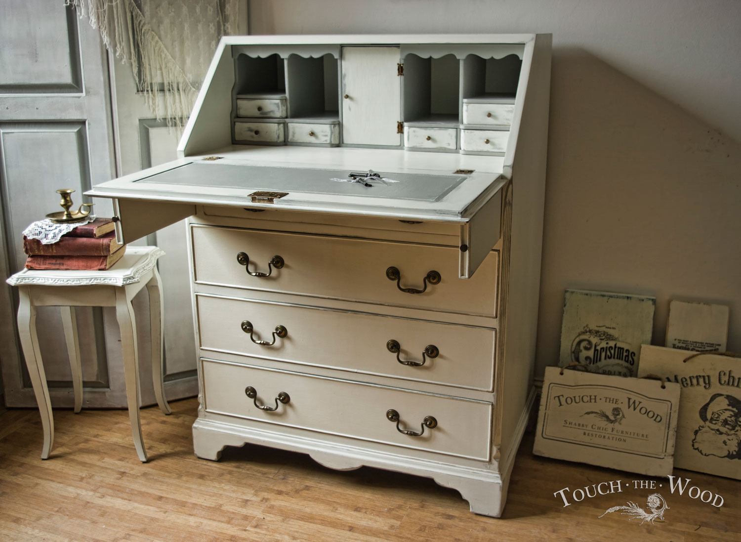 shabby chic bureau 08 02 touch the wood. Black Bedroom Furniture Sets. Home Design Ideas