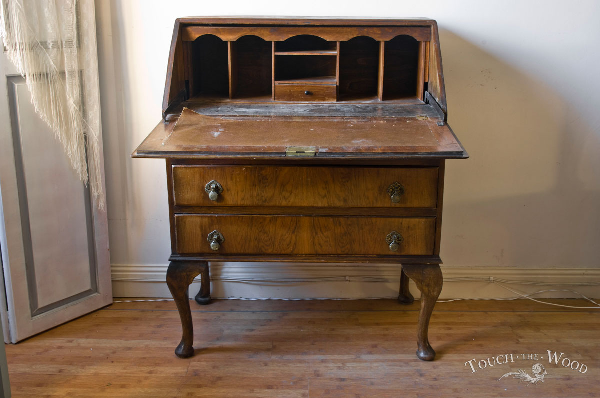bureau vintage vintage oak bureau hall bureau writing desk antiques atlas rustic vintage. Black Bedroom Furniture Sets. Home Design Ideas