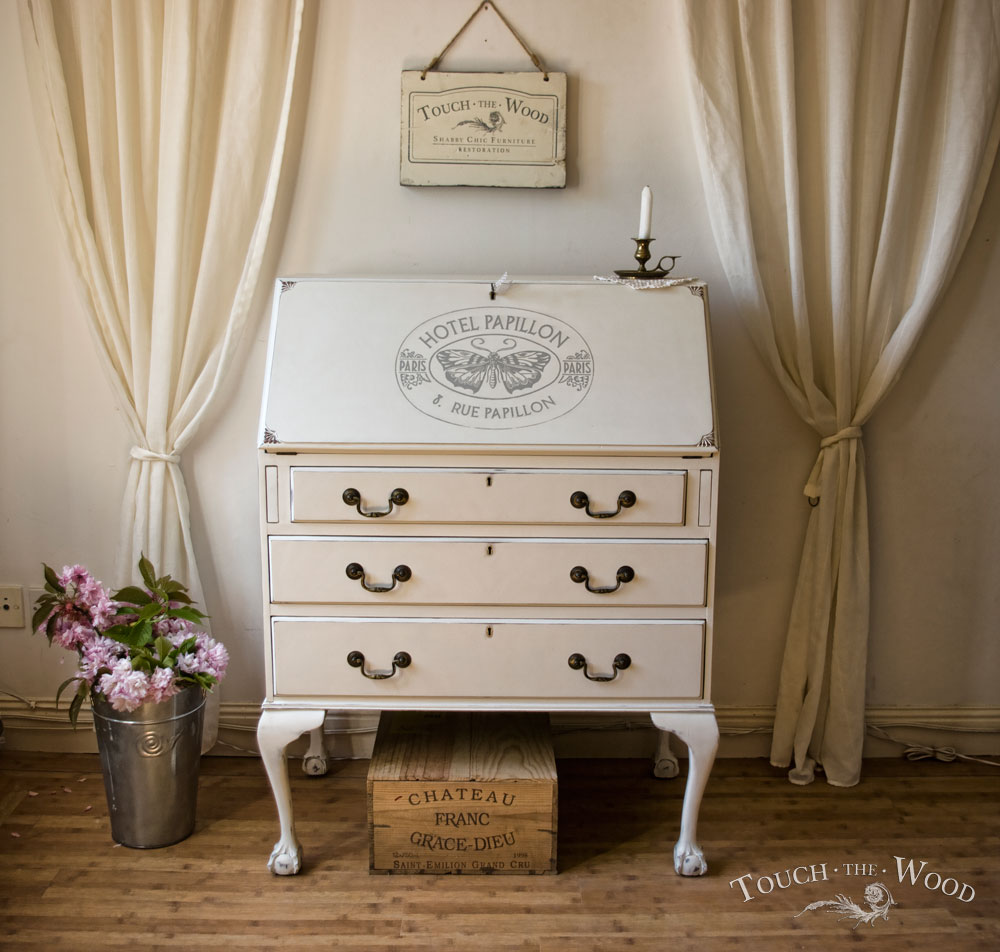 Shabby Chic Writing Desk with Vintage French Print