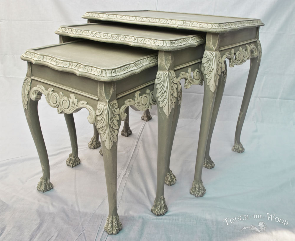french style shabby chic nest of tables no 22 touch the wood. Black Bedroom Furniture Sets. Home Design Ideas