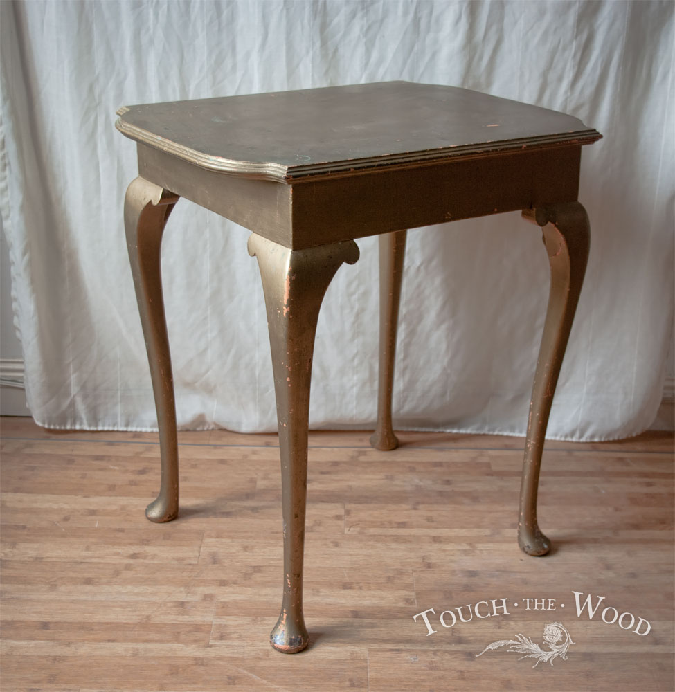 20150107_shabby-chic-side-table_06_before_01