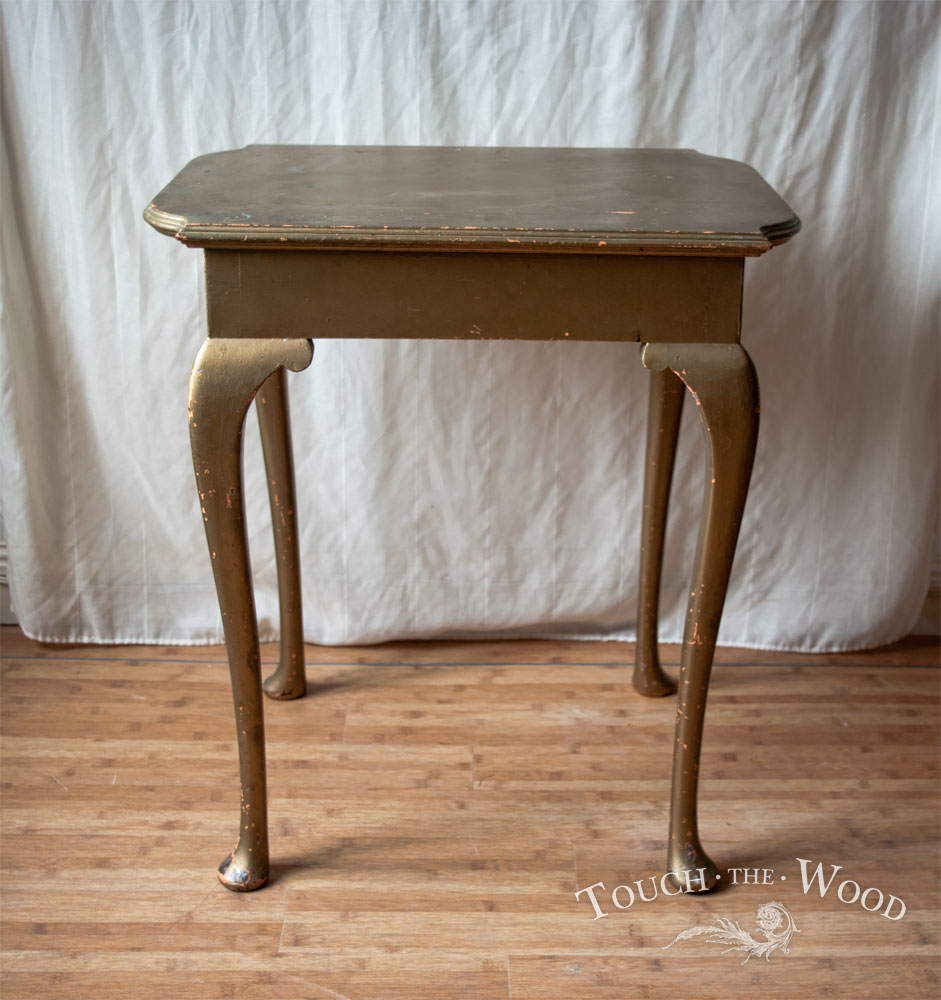 20150107_shabby-chic-side-table_06_before_02