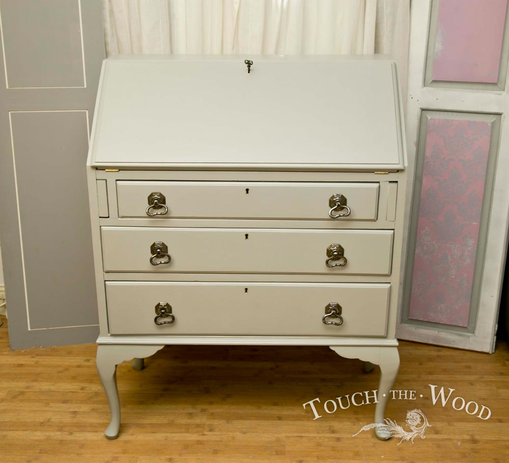 shabby chic bureau with stencil no 32 touch the wood. Black Bedroom Furniture Sets. Home Design Ideas