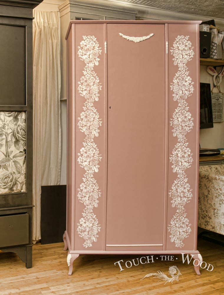 Shabby Chic Wardrobe with Stencil