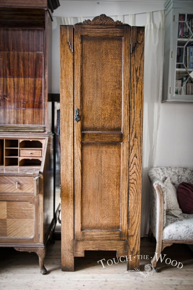 vintage shabby chic wardrobe with wire mesh no 03. Black Bedroom Furniture Sets. Home Design Ideas