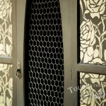 2016-05-04_upcycled-black-wardrobe-floral-stencil-05_09