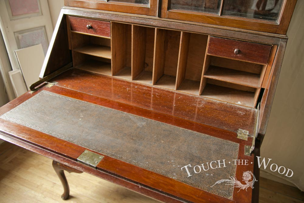 2016-05-11_edwardian-tall-bureau--bookcase-35_04