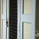 2016-05-11_shabby-chic-wardrobe-wire-mesh-06_03