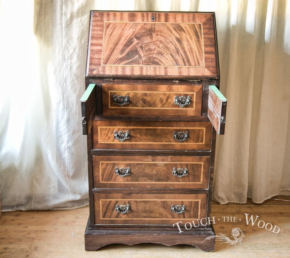new arrival vintage bureau for shabby chic restoration no 37 touch the wood. Black Bedroom Furniture Sets. Home Design Ideas